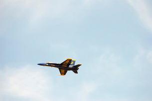 The Blue Angels perform aerial demonstrations during an airの写真素材 [FYI02851583]