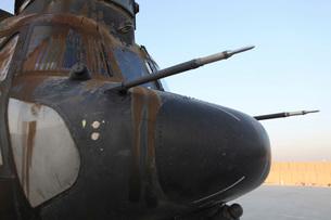 A disabled CH-47 Chinook at Forward Operating Base Jalalabad.の写真素材 [FYI02851766]