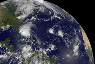 Satellite view of Hurricane Irene moving through the Bahamasの写真素材 [FYI02852965]