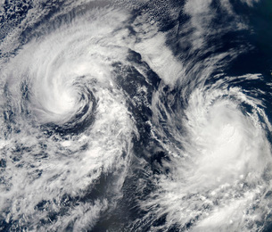 Tropical storms Boris and Cristina in the eastern Pacific Ocの写真素材 [FYI02853060]