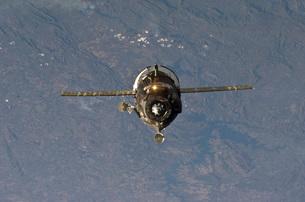 The Soyuz TMA-19 spacecraft.の写真素材 [FYI02853061]