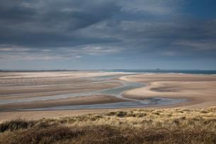 Beach at low tideの写真素材 [FYI02853111]