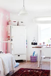 Sweden, Skane, Angelholm, Home interior, view of bedroomの写真素材 [FYI02854664]