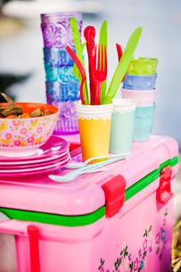 Sweden, Close up of picnic utensilsの写真素材 [FYI02854799]