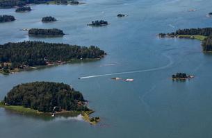 Finland, Uusimaa, Porkkala, View of islandsの写真素材 [FYI02855719]