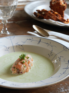 Sweden, Asparagus soup with salmon tartareの写真素材 [FYI02855912]
