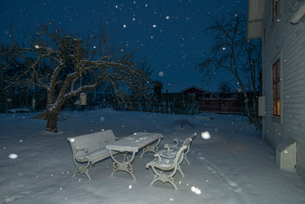 Sweden, Sodermanland, Stigtomta, Back yard in snow at nightの写真素材 [FYI02855921]
