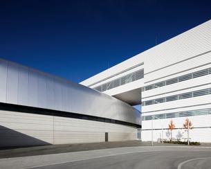 Sweden, Skane, Lund, Modern building of Max IV laboratoryの写真素材 [FYI02855925]