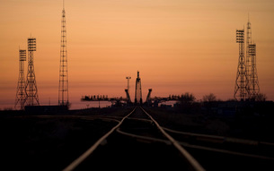 The Soyuz launch pad at the Baikonur Cosmodrome in Kazakhstaの写真素材 [FYI02856002]