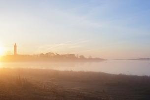 Sweden, Oland, Grankullavik, seascape in sunrise lightの写真素材 [FYI02856285]