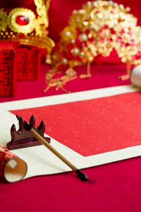 Traditional Chinese wedding elementsの写真素材 [FYI02856479]