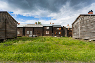 Wooden houses in Bonnstan, Swedenの写真素材 [FYI02856506]