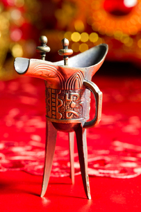 Traditional Chinese wedding elementsの写真素材 [FYI02856575]