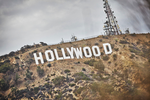 USA, California, Los Angeles, Hollywood, Sign in Hollywood Hillsの写真素材 [FYI02856734]