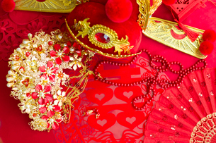 Traditional Chinese wedding elementsの写真素材 [FYI02856743]