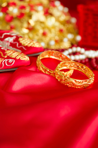 Traditional Chinese wedding elementsの写真素材 [FYI02856778]