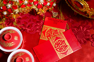 Traditional Chinese wedding elementsの写真素材 [FYI02857283]