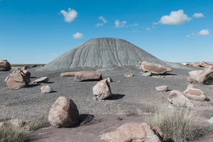 Boulders and earth pile, Petrified Forest National Parkの写真素材 [FYI02858264]