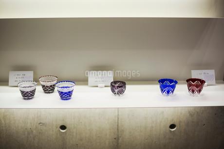 Shop selling Edo Kiriko cut glass in Tokyo, Japan.の写真素材 [FYI02858293]