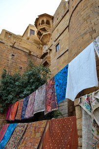 Clothesline among Hill Forts of Rajasthan in Jaisalmer, India.の写真素材 [FYI02859145]