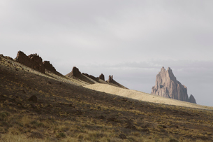 Shiprock is a sacred Navajo landmark on the Navajo Indian Reservation in New Mexicoの写真素材 [FYI02859184]