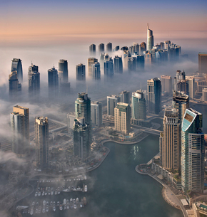 Aerial view of the cityscape of Dubai, United Arab Emirates, with the marina in the foreground.の写真素材 [FYI02859551]