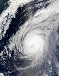 Typhoon Sudal south of Japan.の写真素材 [FYI02860287]