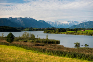 Riegsee Lake, Upper Bavaria, Bavaria, Germany, Europeの写真素材 [FYI02860882]