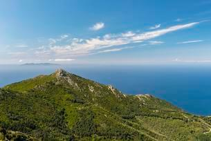 View of Monte Giove, Tuscan Archipelago National Parkの写真素材 [FYI02860971]