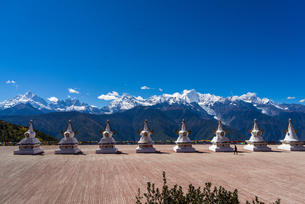 Feilai Temple in Meili Snow Mountain;Deqin;Yunnan.Chinaの写真素材 [FYI02861019]