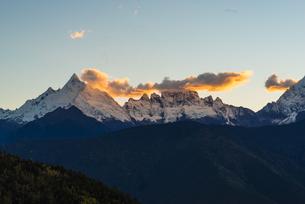 Meili Snow Mountainの写真素材 [FYI02861211]