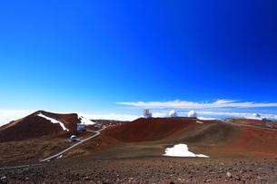 ハワイ島 マウナ・ケア山頂天文台群の写真素材 [FYI02861283]