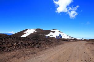 ハワイ島 マウナ・ケア山頂天文台群の写真素材 [FYI02861290]