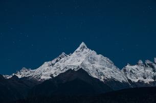Meili Snow Mountain; Deqin; Yunnan; Chinaの写真素材 [FYI02861333]