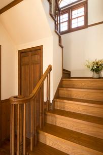 住宅の階段の写真素材 [FYI02861468]