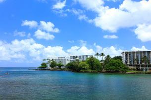 ハワイ島ヒロのココナッツアイランドの写真素材 [FYI02861769]