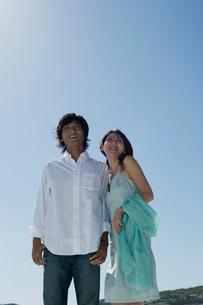 日本人カップルポートレートの写真素材 [FYI02875832]