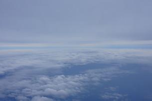 眼下に広がる雲の写真素材 [FYI02893835]