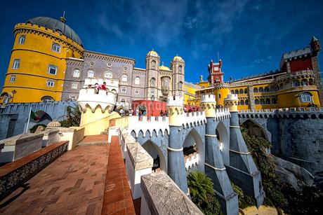 ペーナ宮殿 ポルトガル 世界遺産シントラの写真素材 [FYI02896056]