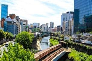 神田川と丸ノ内線の写真素材 [FYI02902378]