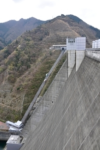 宮ヶ瀬ダムの写真素材 [FYI02910817]