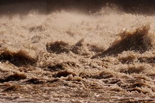 濁流(洪水)の写真素材 [FYI02919717]