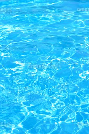 水面の写真素材 [FYI02919868]