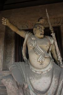 彫刻 Shuanglin Templeの写真素材 [FYI02923083]