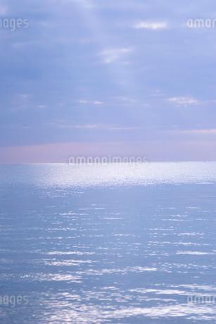 輝く海の写真素材 [FYI02927788]