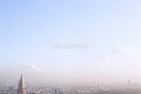 東京のビル郡と空の写真素材 [FYI02927849]