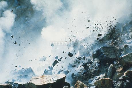 ダイナマイトの爆発の写真素材 [FYI02929531]