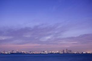 東京湾の遠景の写真素材 [FYI02933641]