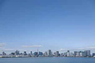 東京湾の遠景の写真素材 [FYI02933661]