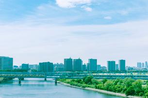 多摩川と京浜本線の写真素材 [FYI02933728]